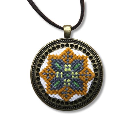 "Necklace ""Cross Stitch Star"""
