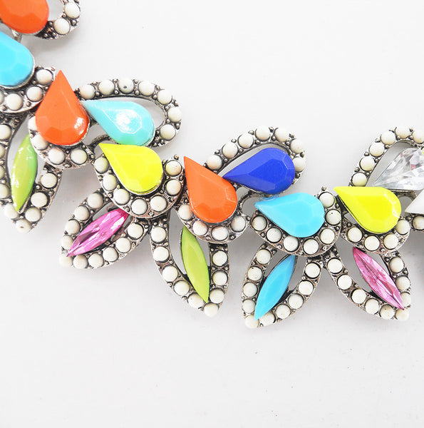 S Retro Leaf Necklace