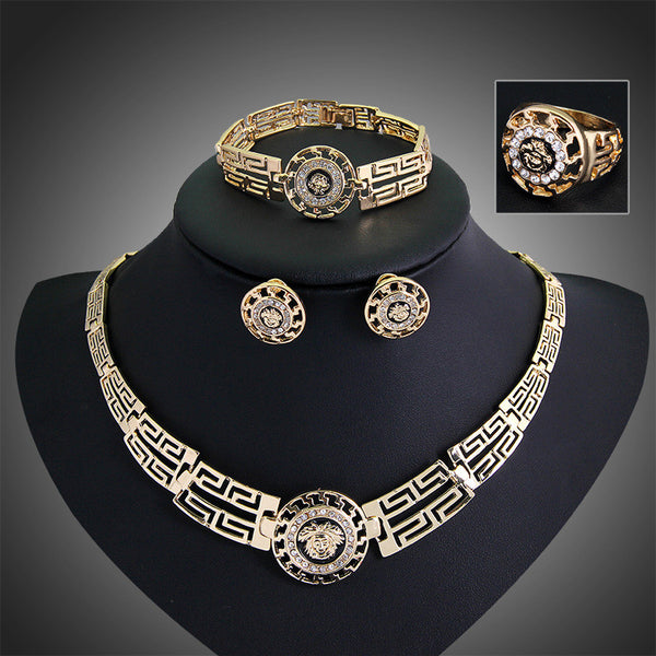 STATEMENT JEWELRY SETS