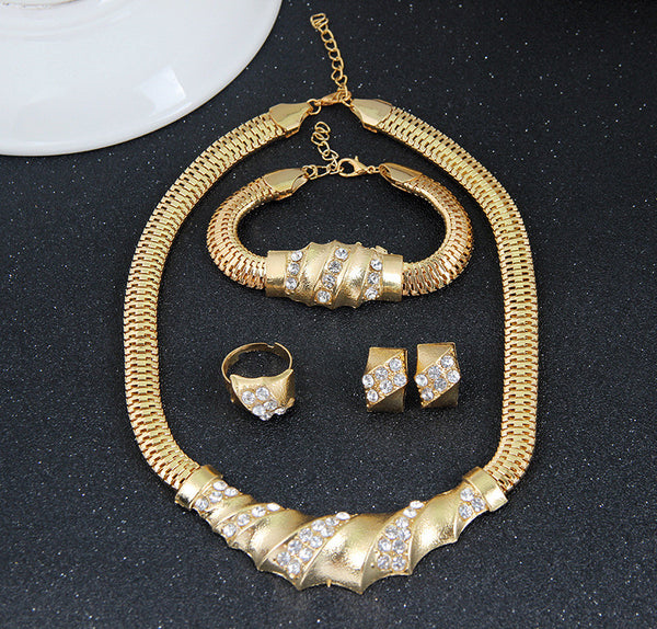 M Crystal Twist Jewelry Set