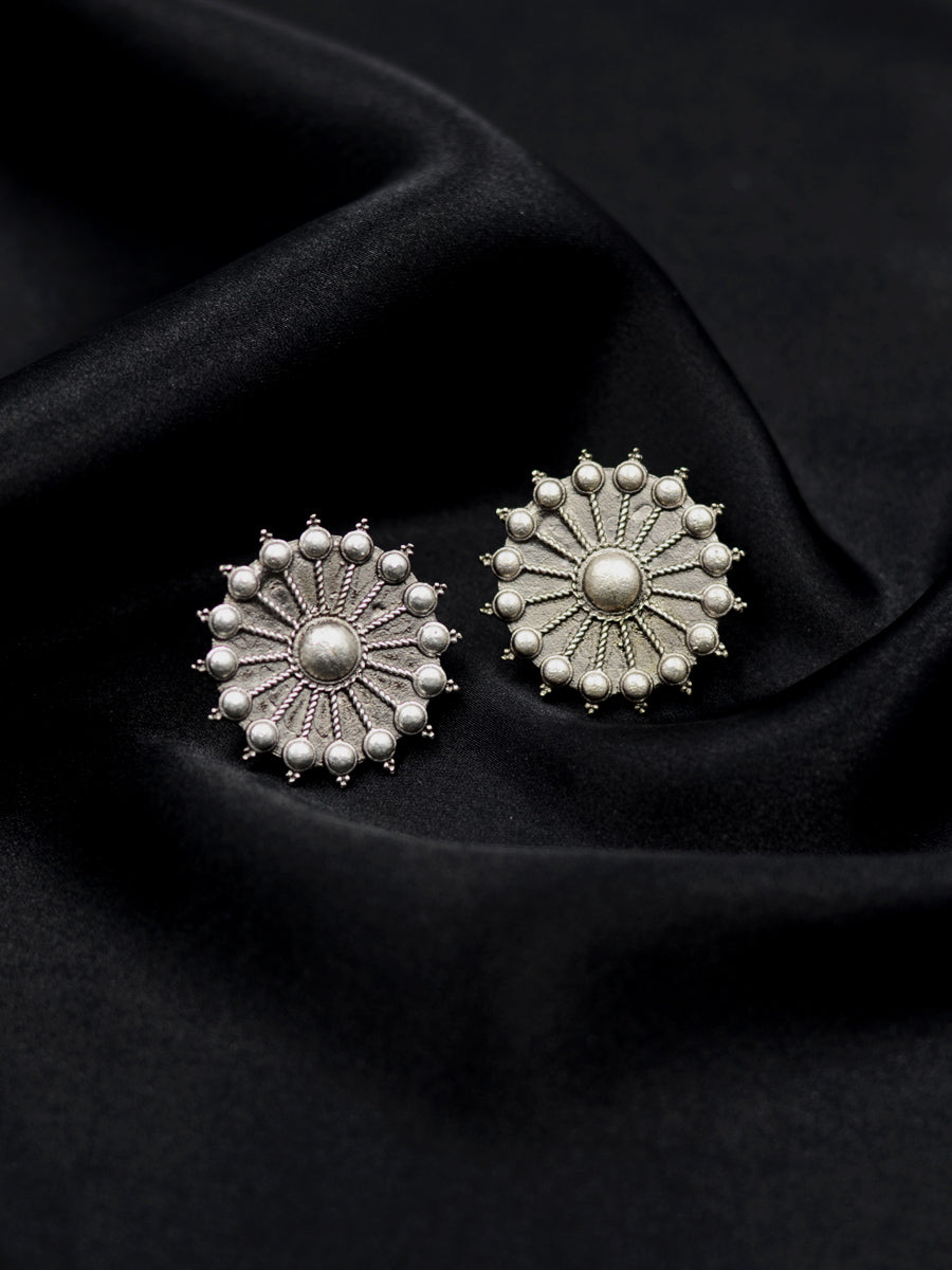 Gul Silver Stud Earrings