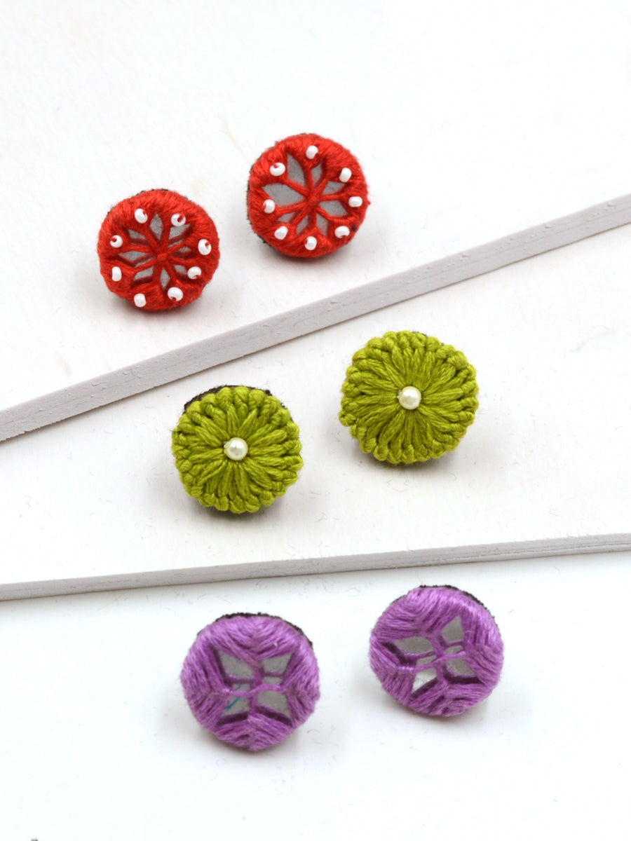 Arya Embroidered Stud Earrings Set 1