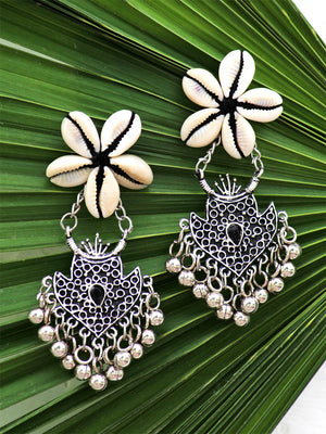 Kauri Kraze Earrings, a beautifully hand-embroidered earring from our designer collection of quirky, boho, Kundan and tassel earrings for women online.