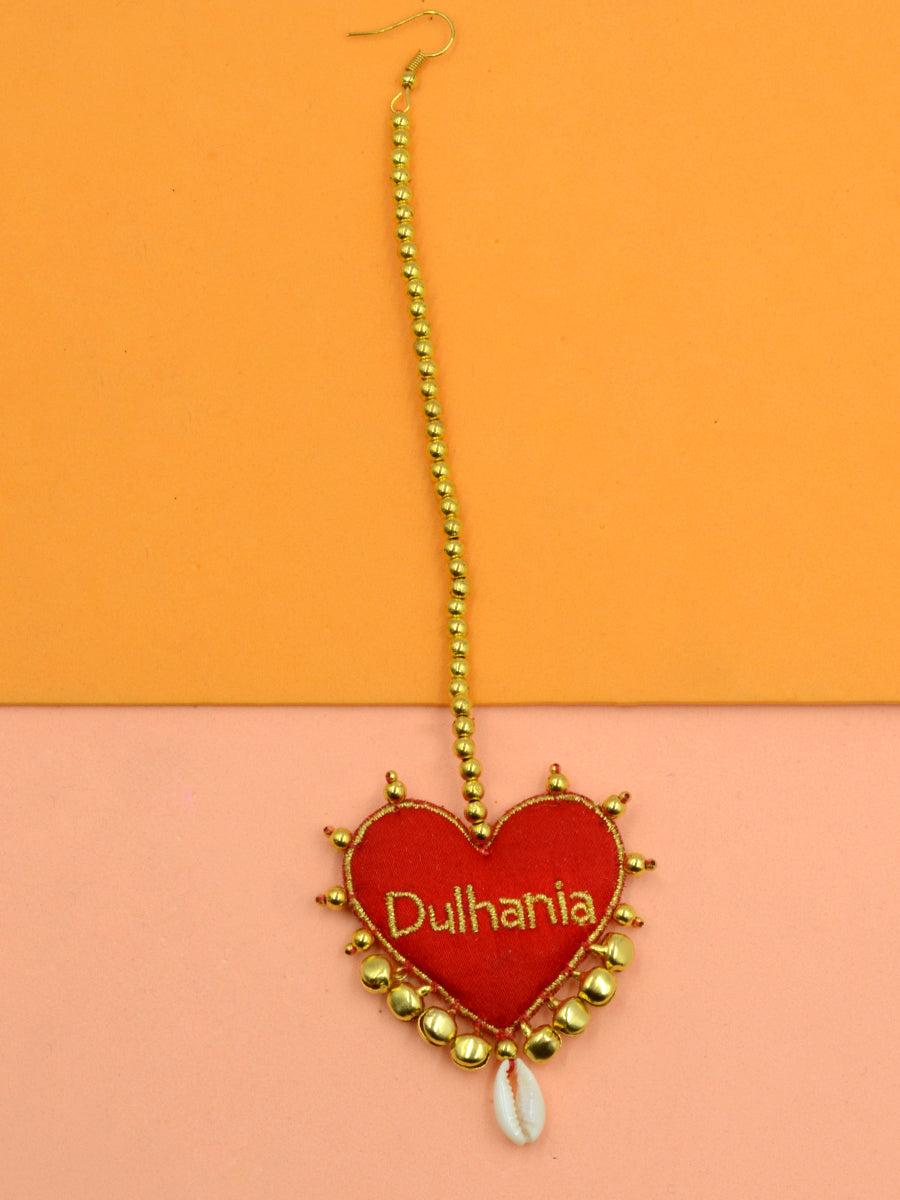 Dulhania Heart Embroidered Maang Teeka