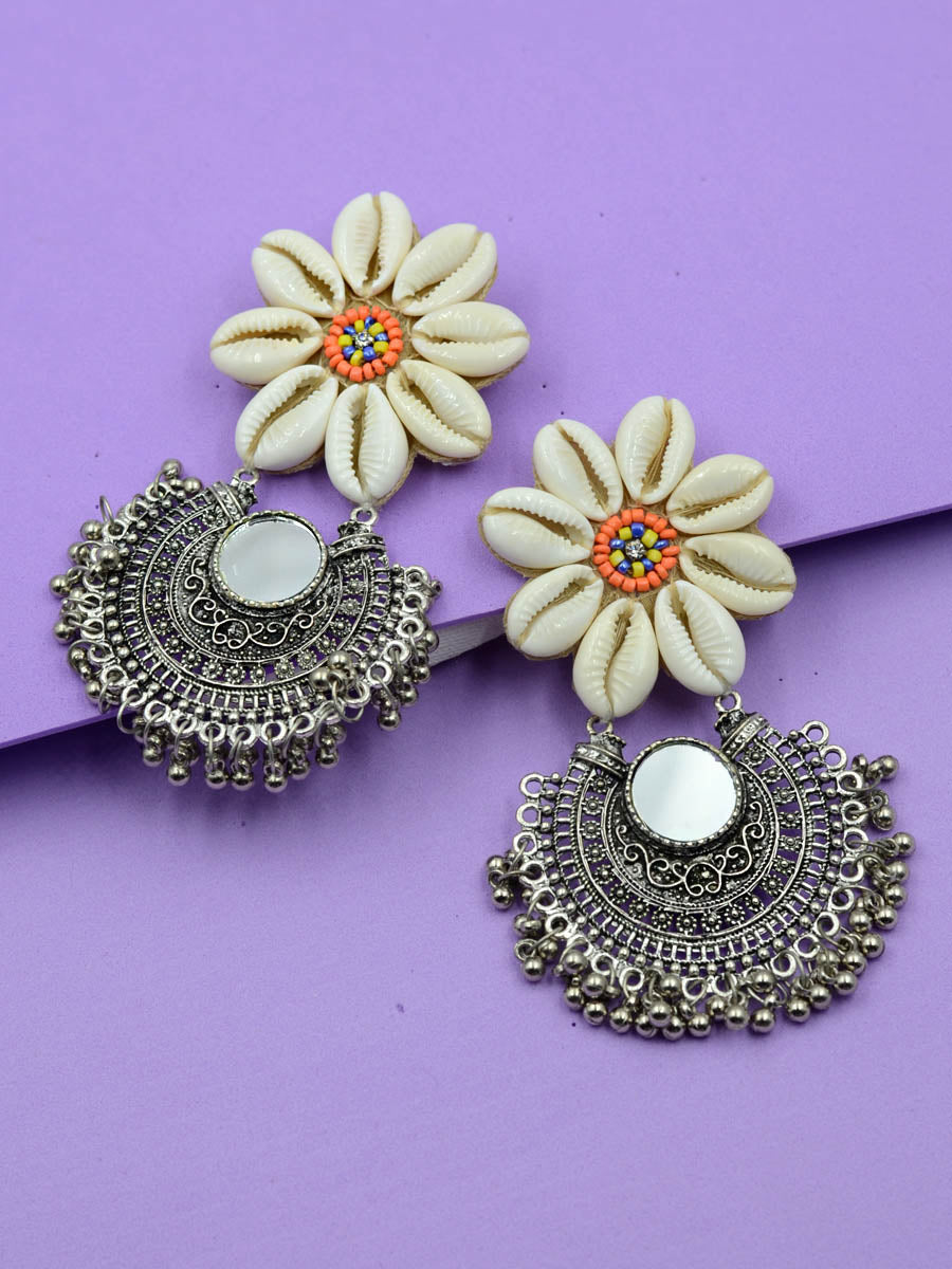 Kauri Flower Earrings