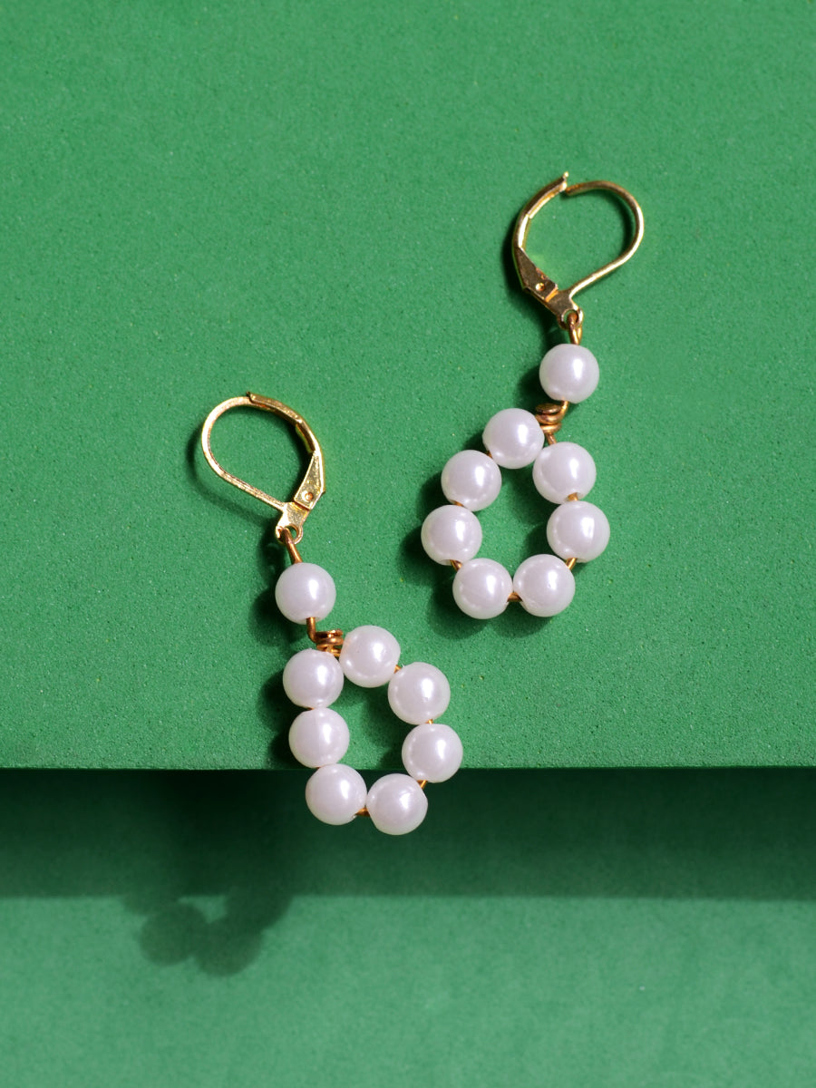 Kara Pearl Earrings