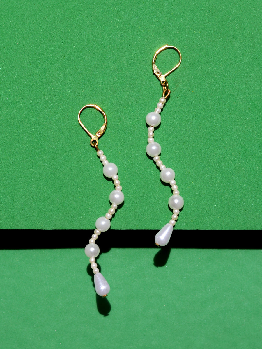 Zuri Pearl Bead Earrings