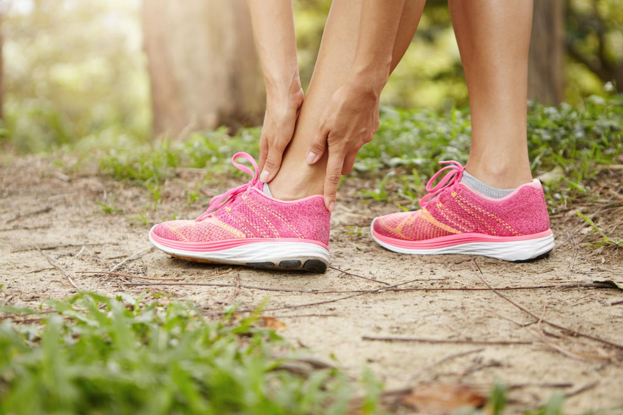 Effective Home Remedies for Sprained Ankle Treatment-Physix Gear Sport