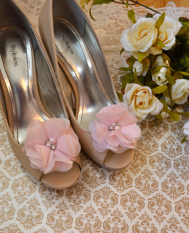Pale Pink Flower shoe clips - maidenlaneboutique