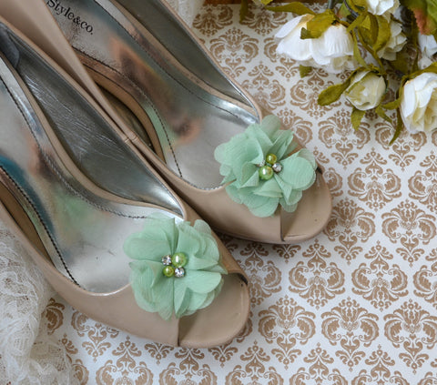 Mint Green Flower shoe clips - maidenlaneboutique