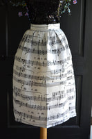 piano player skirt