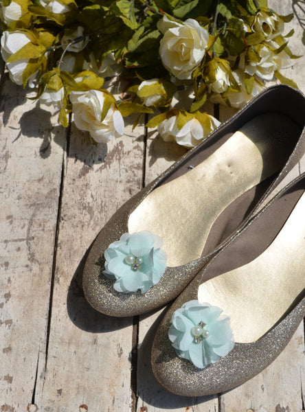 Mint Seafoam Flower shoe clips - maidenlaneboutique