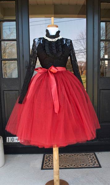 Burgundy midi tulle skirt