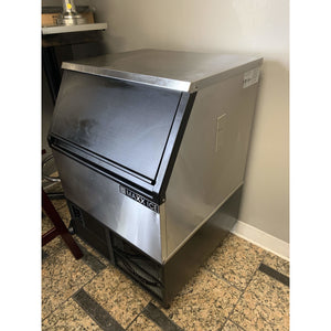 USED MAXX-ICE ICE MAKER WITH BIN CUBE STYLE MIM250