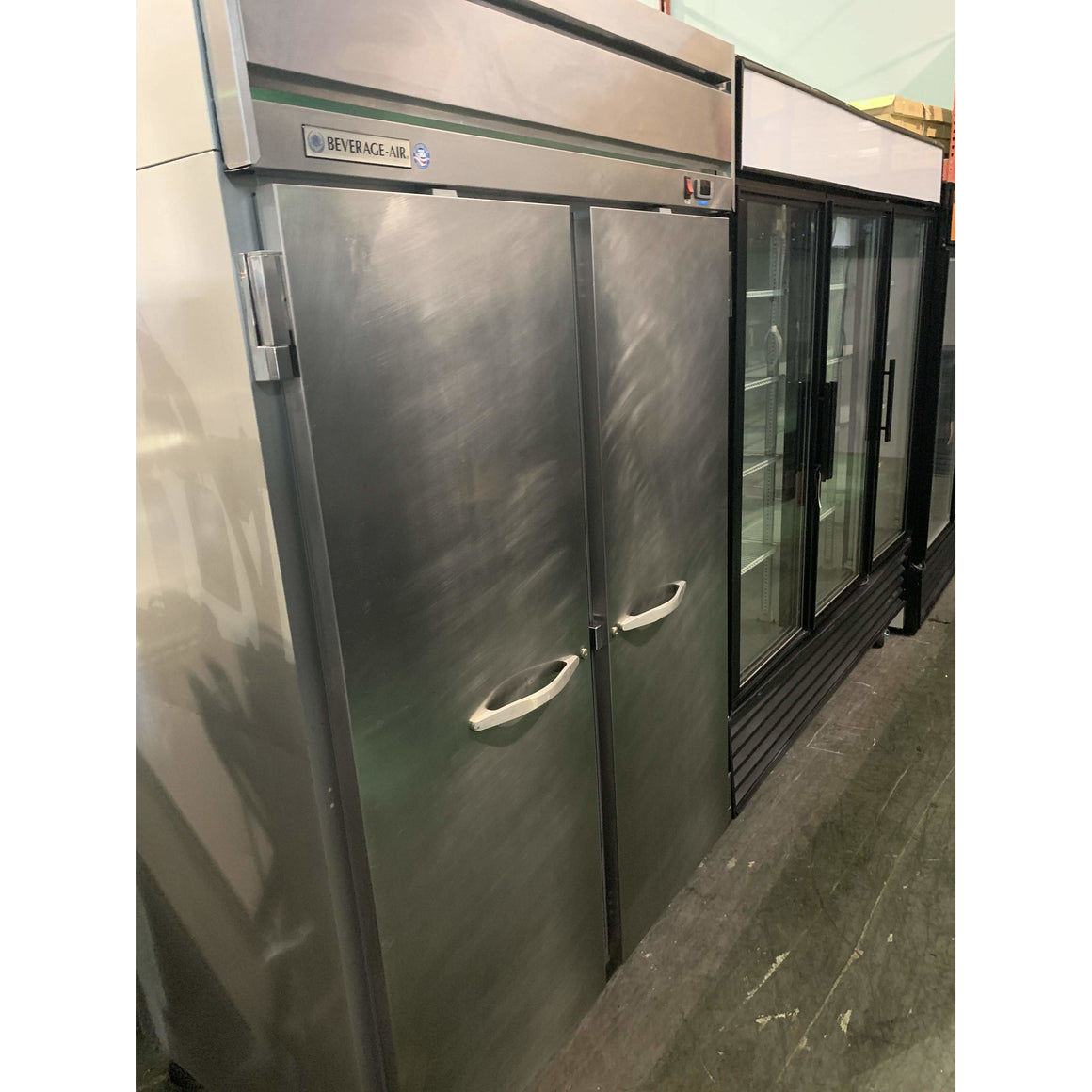 USED BEVERAGE AIR TWO SOLID DOOR FREEZER HF2-1S
