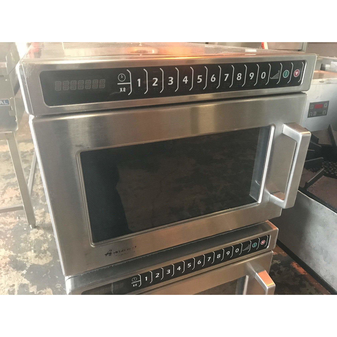 Amana Commercial Microwave Oven (USED)