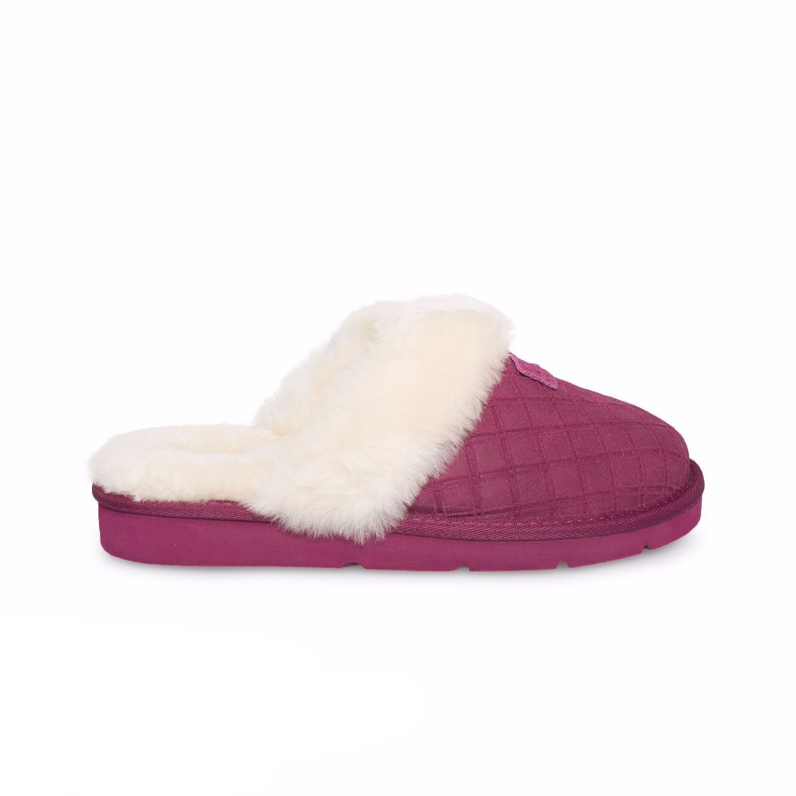 57d8e96e079 UGG Cozy Double Diamond Lonely Hearts Slippers