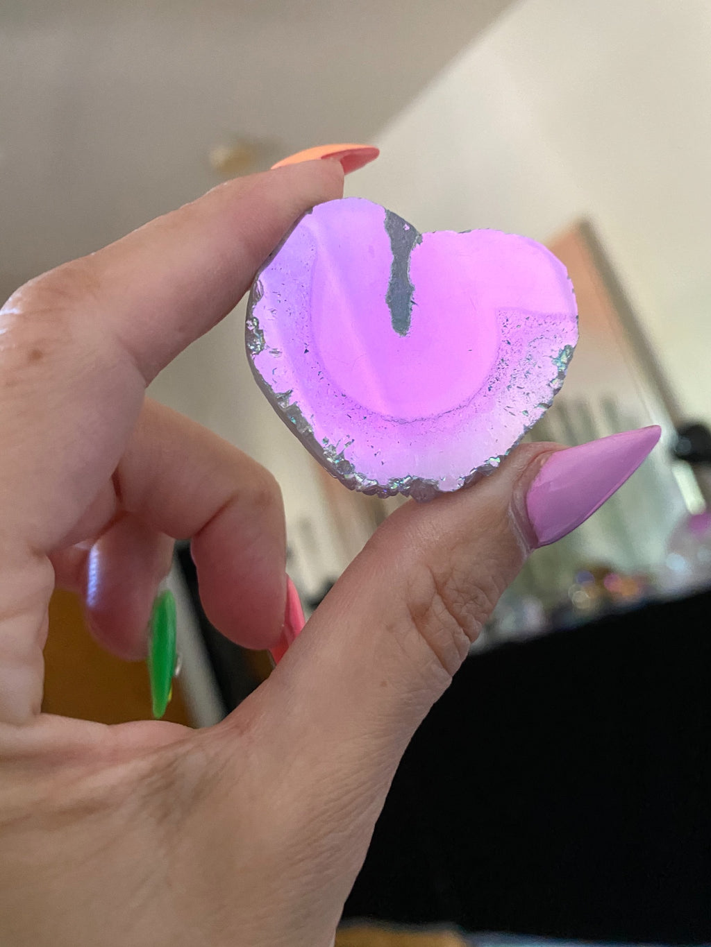 Angel aura amethyst medium heart slice 9
