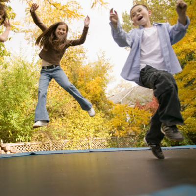 How can I determine the quality and durability of trampolines?