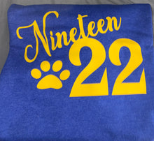 Load image into Gallery viewer, Nineteen22 Sweatshirt