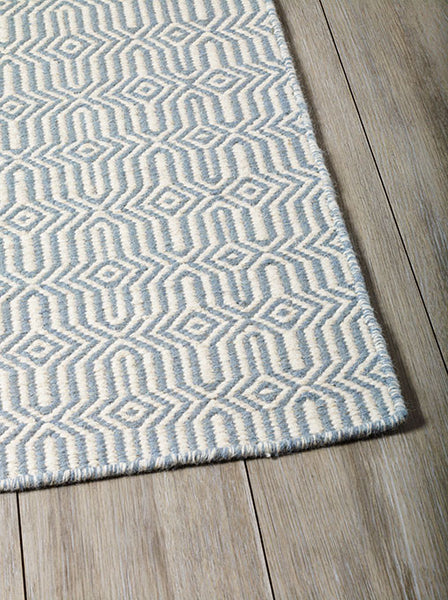 DP 14 Blue   and Light Cream Rug - greendecore.co.uk