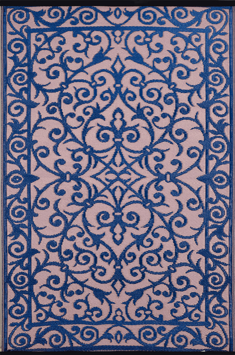 blue and pink indoor outdoor rug green decore. Black Bedroom Furniture Sets. Home Design Ideas