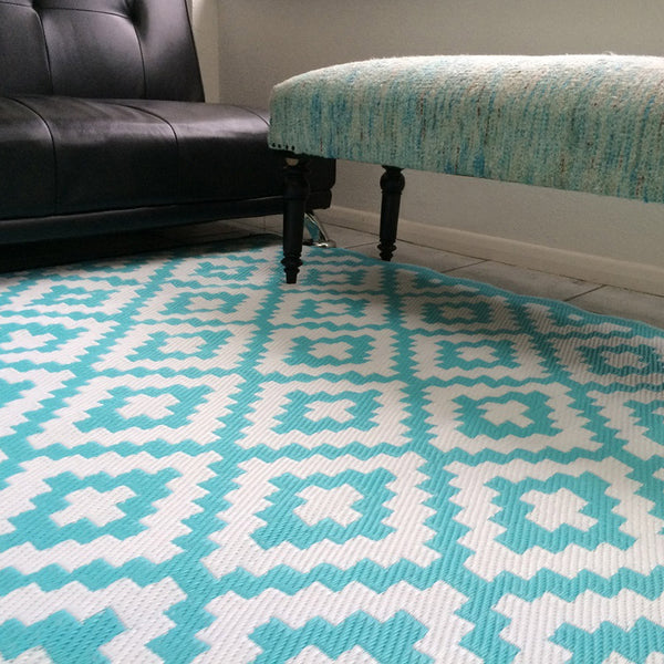 Nirvana Aqua Sky and White Rug - greendecore.co.uk - 10