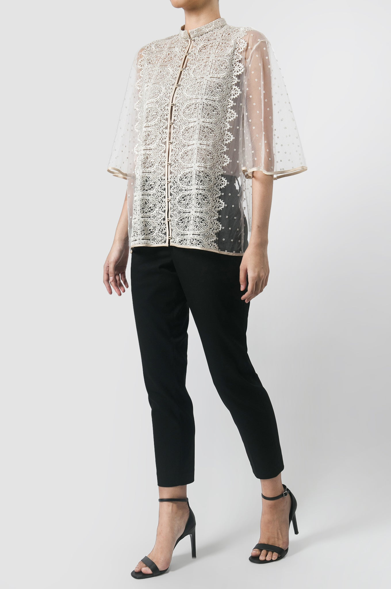 Oyster Renda Bell Sleeve Top