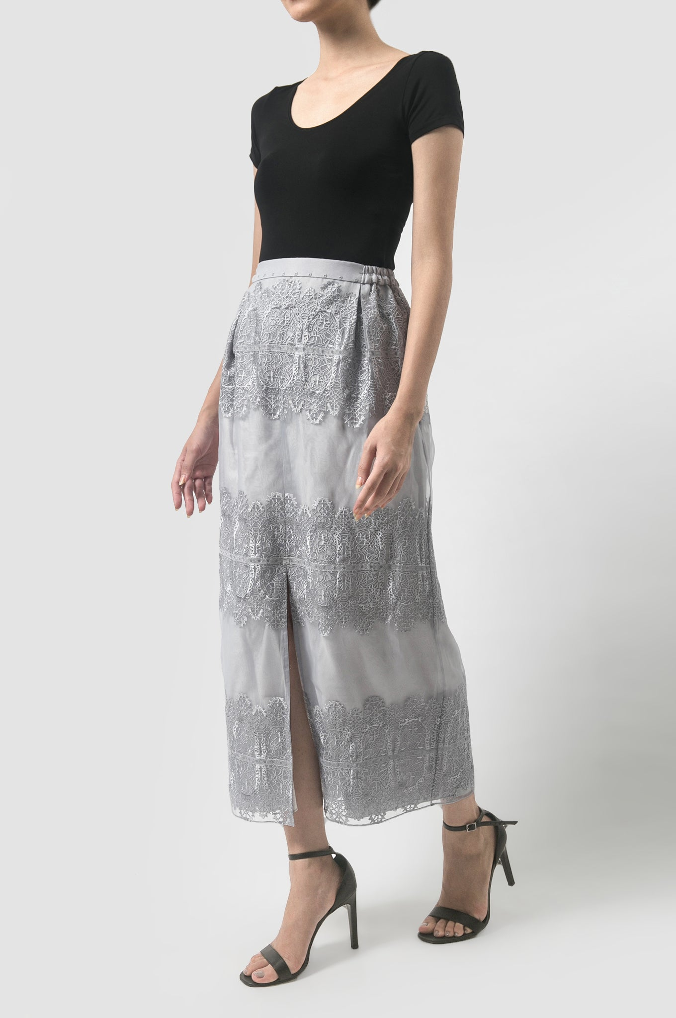 Lace Tier Slit Skirt