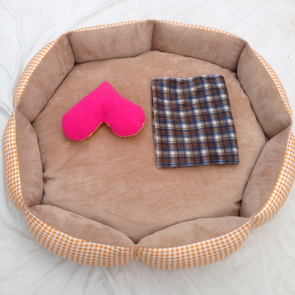 *BEST BUY* Agatha's First Bed (Extra Large)