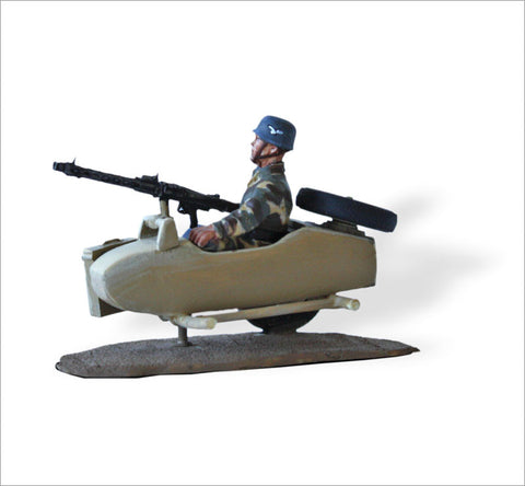 MTMM037 Dispatch Rider German Luftwaffe Paratrooper Zündapp KS 750 Sidecar
