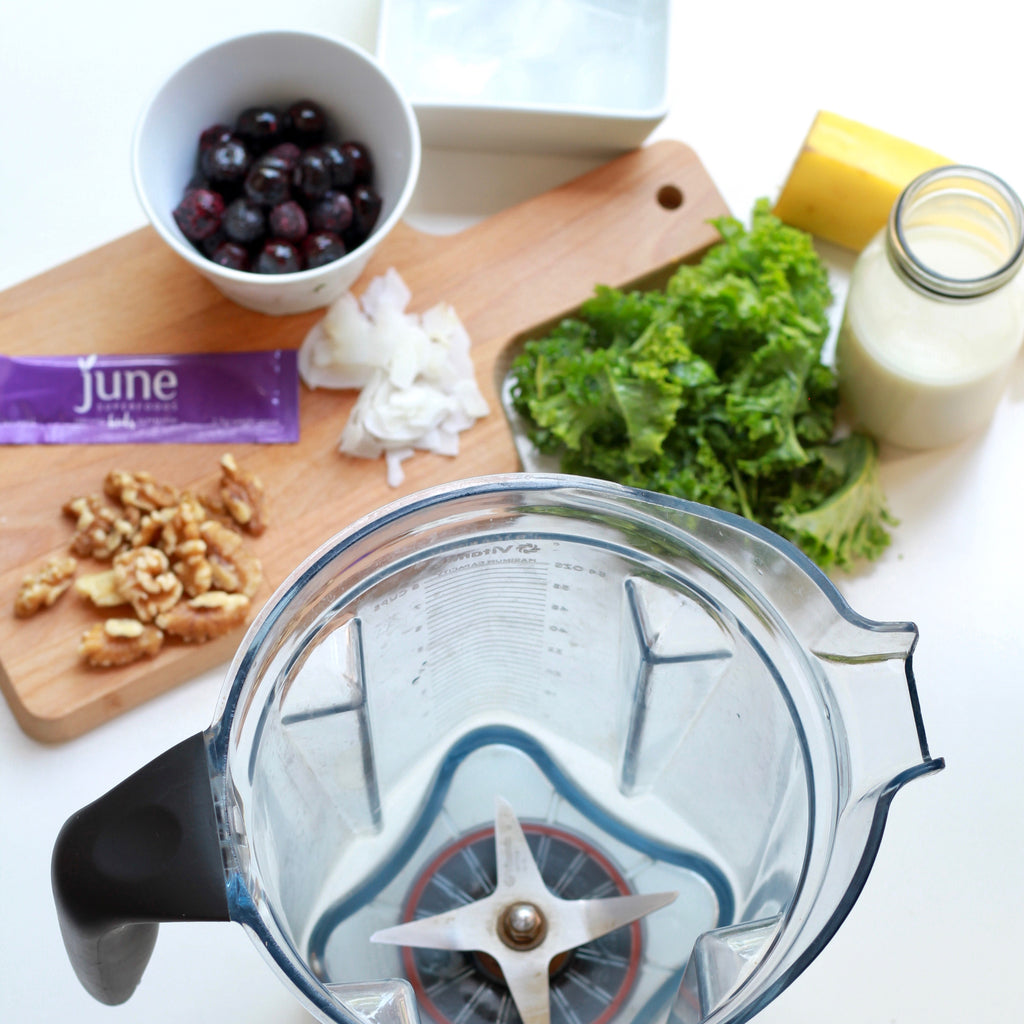 Vitamix berry smoothie superfoods