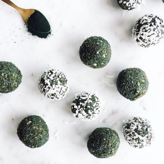 green raw superfood bliss balls