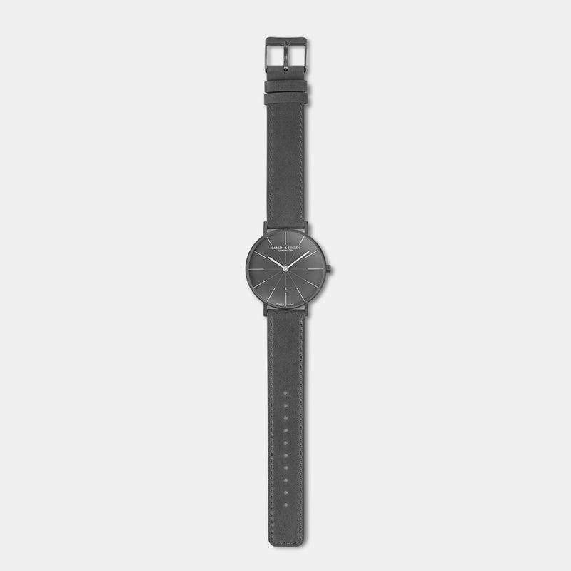 LARSEN&ERIKSEN Værk all grey watch with grey leather strap
