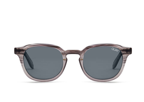 Quay Australia Sunglasses Walk On - Grey / Smoke Lens