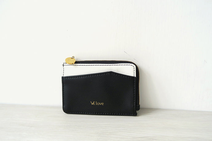 Enjoy my freedom - Moon Bear V Card Holder - VElove