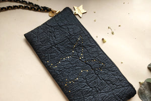Light me up! Stars Rabbit Clutch - Black - VElove