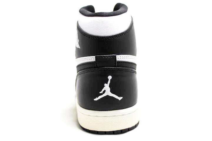 Air Jordan 1 Retro White Black CDP- Countdown Pack Jordan 1- Jordan !- Retro 1 - CDP Pack -Jordan 1 for sell- Jordan 1 for Sale- AJ1- Jordan Ones- White and Black Jordan 1-4
