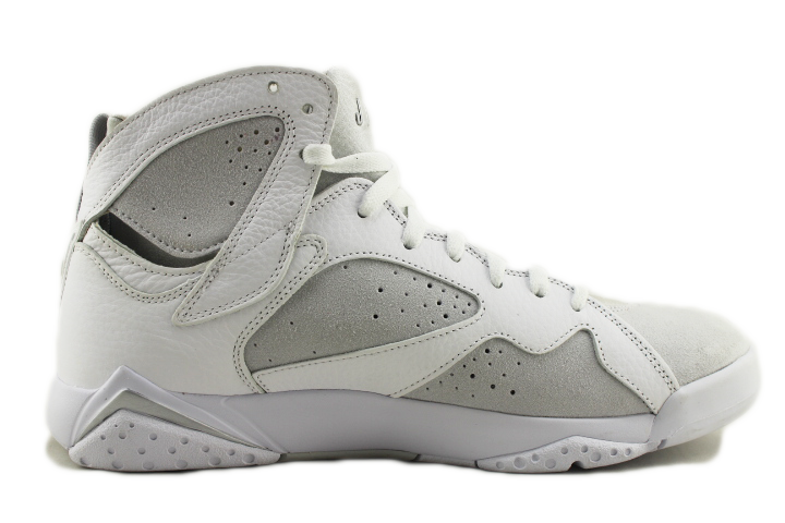 "Air Jordan 7 Retro ""Pure Platinum"""