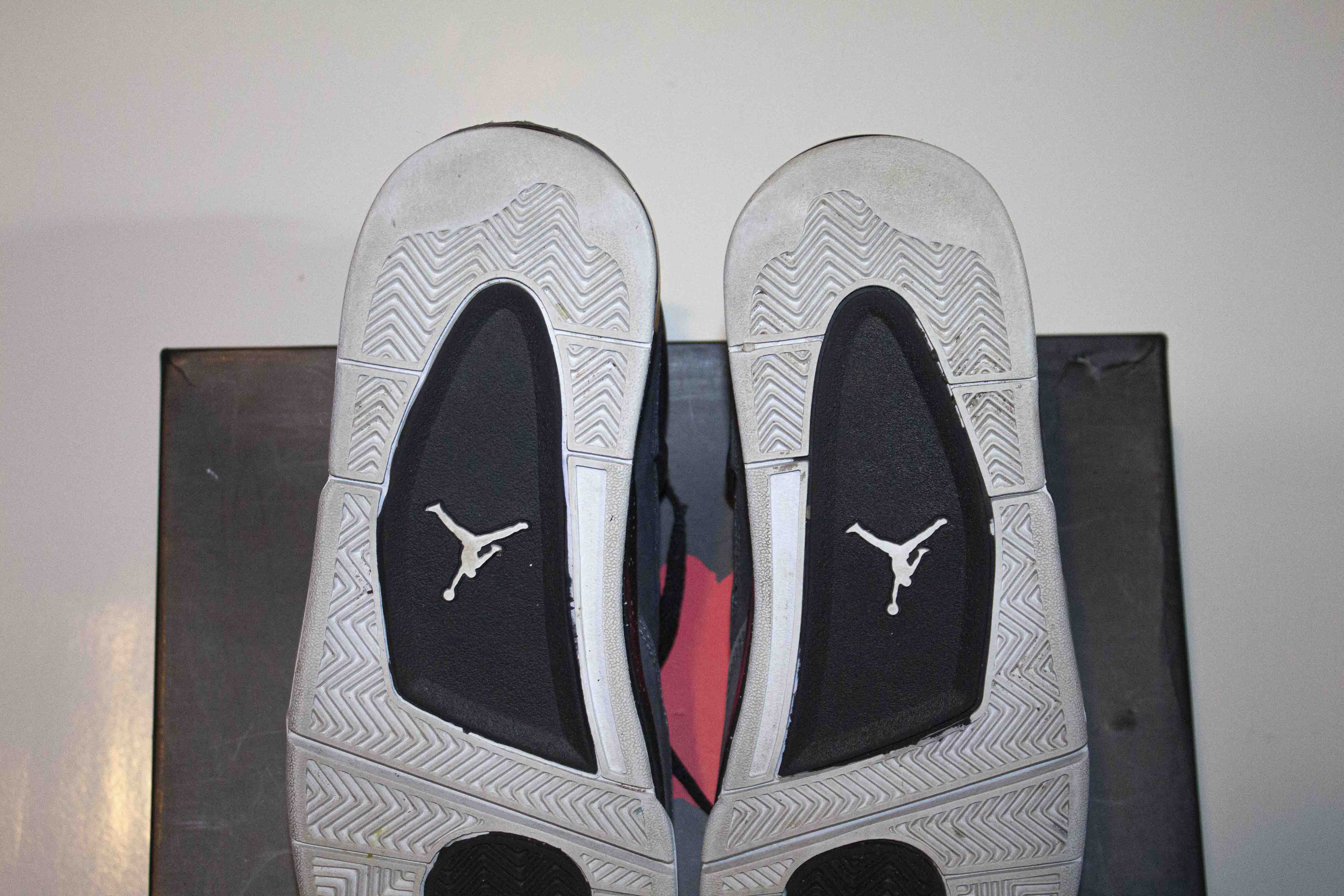 Jordan 4 Retro Fear Pack PRE OWNED