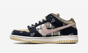 "Travis Scott x SB Dunk Low ""Cactus Jack"""