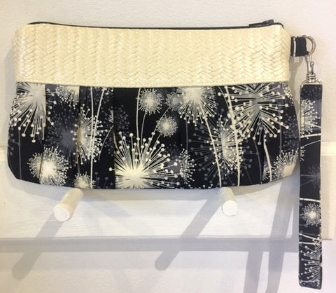 Dandylion Seed Print Clutch