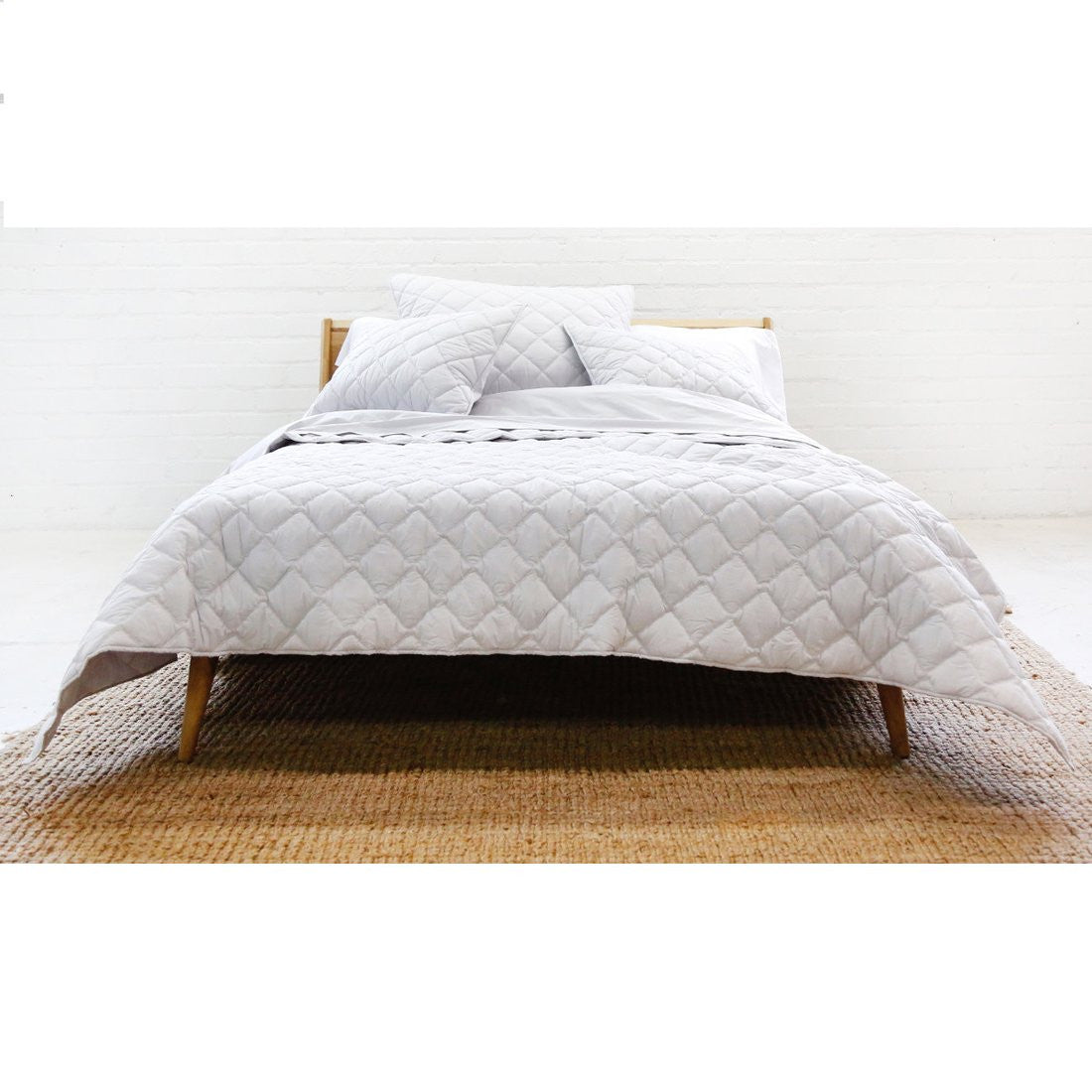 coverlet light grey