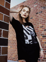 Le Collage Tee - In Black