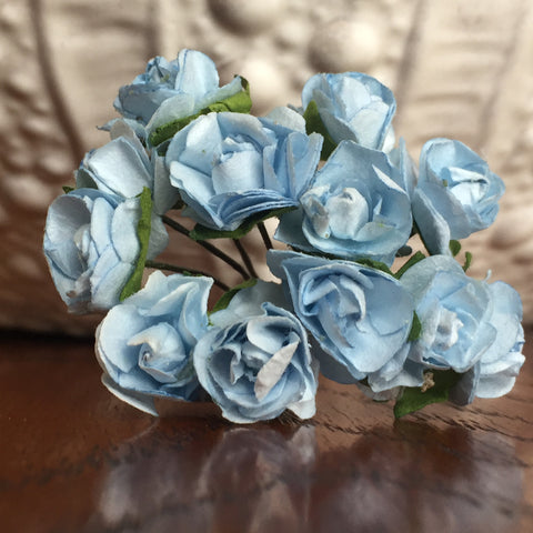Phoenix Crafts - Pale Blue Paper Roses 1cm