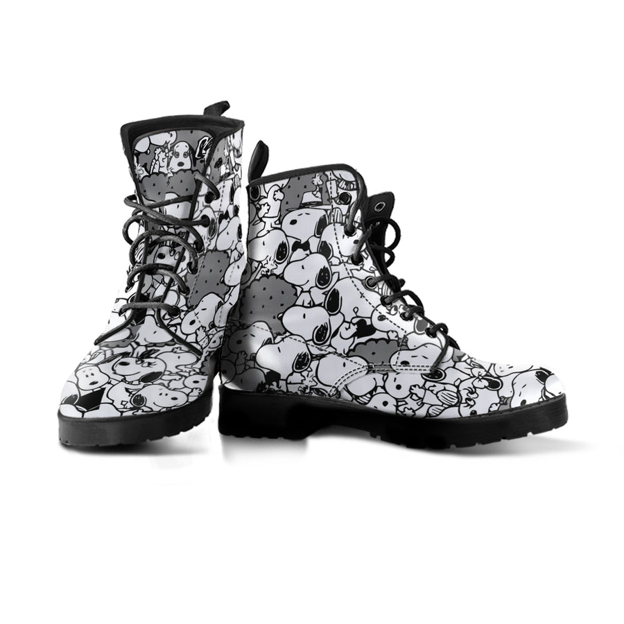 Black Snoopy - Boots