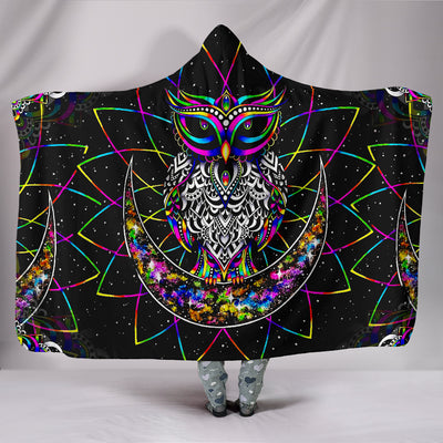 Colourful Owl - Hooded Blanket