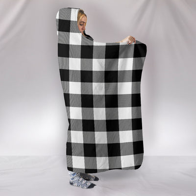 Cosy Cabin Buffalo Check White & Black - Hooded Blanket