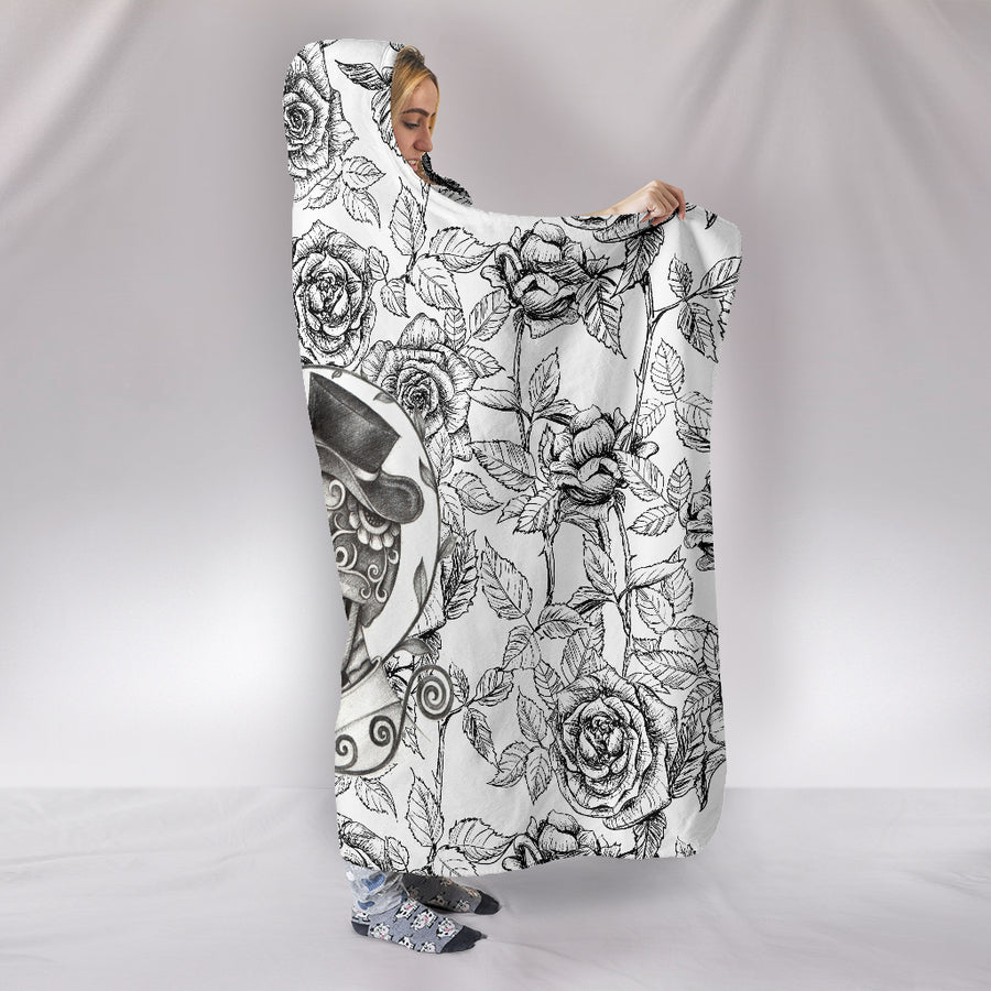 Sugar Skull Kiss - Hooded Blanket