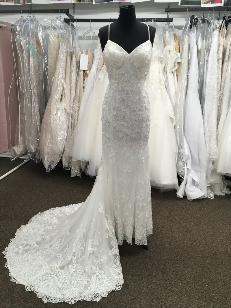Beautiful Illusion Back With Spaghetti Strap Embroidered Lace